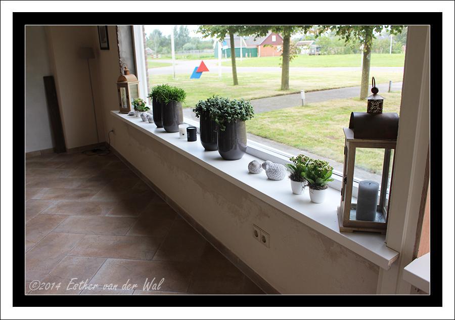 Nieuw kozijn, vensterbanken en deur  u2013 Esther u0026#39;s Weblog